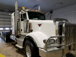 Peterbilt Tridrive with over $20,000 in work orders
