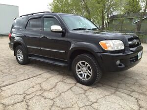 2007 Toyota Sequoia Limited 4x4 - Safetied-low kms, No accidents