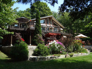 Chandos Lake Waterfront Cottage Rare Find