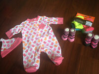 Brand new baby girl sleeper set and roxy/Nike socks