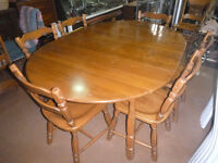 Large Drop leaf table with 6 seats
