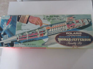Vintage Renwal Modle Kit  See Through Sub Thomas Jefferson 1950s