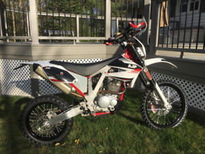 2017 AJP PR3 dirt bike-$4400 OBO