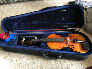 Violin 1/2 size- Barely used