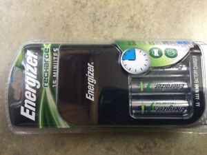 Fast charge charger and 4 AA rechargeable new