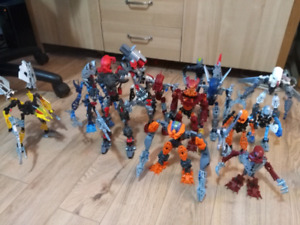 Various bionicles, complete, or mostly complete