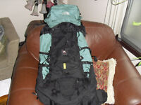 Mega huge North face expedition backpack in mint condition 70 L
