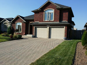 SOLD in 7 DAYS! 5 Level In Belle River