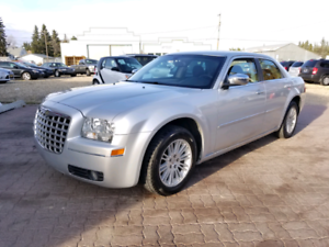 * 2009 CHRYSLER 300 TOURING, 6 MONTH UNLIMITED KM WARRANTY INC