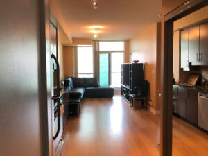 One bedroom condo for rent at 33 Bay Street