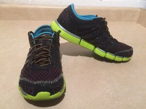 Women's Adidas ClimaCool Running Shoes Size 7 London Ontario image 3