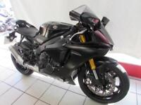 YAMAHA YZF-R1, 17 REG ONLY 4086 MILES, ABS, WHEELIE CONTROL, QUICK SHIFTER...