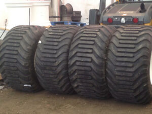 FLOATER TIRES PERFECT FOR YOUR SILAGE TRUCKS! Edmonton Edmonton Area image 6