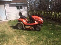 Tracteur a pelouse a vendre