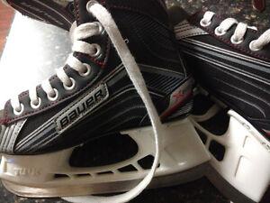 Boys Bauer Black Skates size 1R for sale