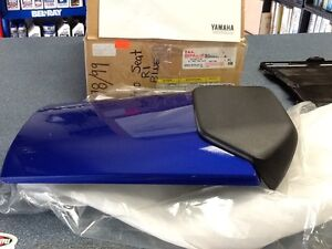 NOS New in box Solo Seat for 98/99 R1