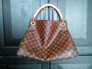 Louis Vuitton ARTSY MM bag LV GLOVES size small