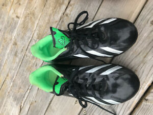 Adidas size 2 soccer cleats