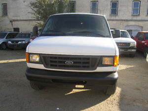 2006 Ford E-250 Minivan Cargo Van,