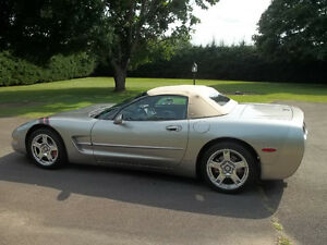 1999 Chevrolet Corvette Convertible (2 door)