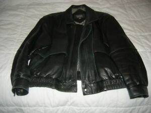 WEATHERMAN LEATHER BOMBER JACKET SIZE 42