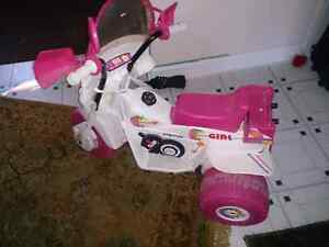 Peg Perego pink girls electric bike