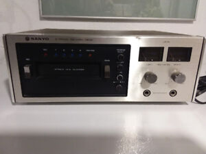 VINTAGE SANYO 8 TRACK PLAYER/RECORDER