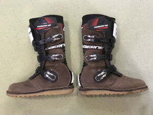 GAERNE GORE-TEX MOTORCYCLE BOOTS