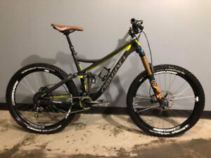 "2015 Devinci Troy Large Carbon Frame 27.5""c"