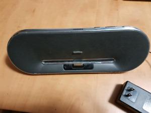 iPod dock speaker