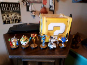 Selling Amiibos $10 each or 3 for $25. Case is $20