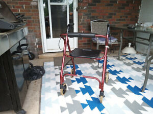 LIGHT WEIGHT WALKER IN GREAT CONDITION !!