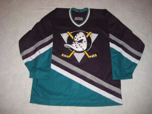 ANAHEIM MIGHTY DUCKS NHL JERSEY CCM 48 CENTER ICE AUTHENTIC