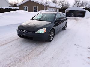Honda Accord 2005 2800$ discutable
