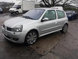 2005 Renault Clio 2.0 16v sport 182