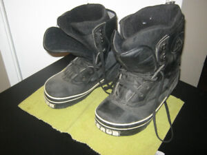 Men's Airwalk Scrub Snowboard Boots - Size 9 - $10