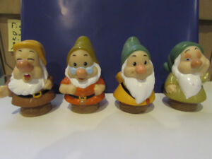 Fisher Price Little people 7 figurines 2001  2012