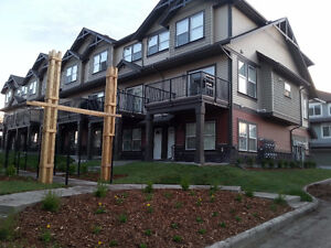 LUXURY TOWNHOUSE IN WILLIAMSTOWN, AIRDRIE