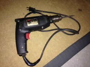 Drill (perceuse) électrique