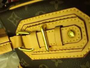 Games:Chess(onyx, wood, glass)t, Vuitton bag, large watch Kitchener / Waterloo Kitchener Area image 1
