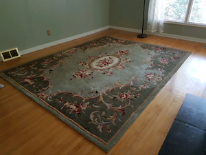 8 by 10 carpet. Quite large. Excellent condition.