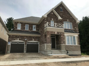 Beautiful Detached House for Rent - 5 Bed Corner Lot