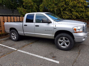 Dodge Power Ram 1500 Pickup Truck Laramie