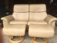 Stunning Ekornes Stressless paradise sofa with 2 x footstools all in camel paloma leather