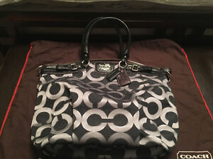 Authentic Coach Purse for Sale Kitchener / Waterloo Kitchener Area image 1