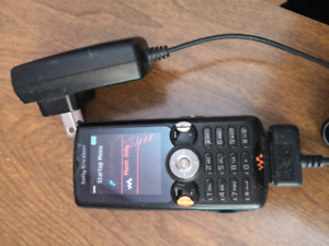 Sony Ericsson w810i walkman phone