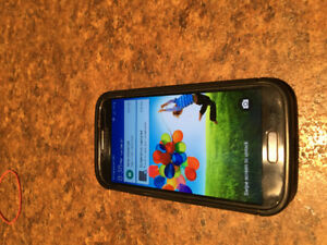 Samsung S4 with Original Charger and Case Great Condition