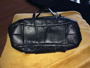 Authentic black leather Coach purse - excellent condition Peterborough Peterborough Area image 3