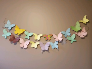 Homemade Paper Butterfly Streamers (2)