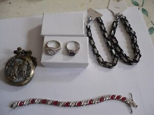 FOR SALE LOTS OF JEWELERY